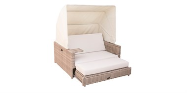 Rattan Daybed Beach House